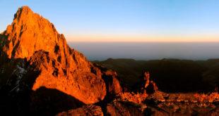 Mount Kenya: Trekking zwischen Tropen und Eis